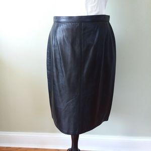 Siena genuine leather black skirt
